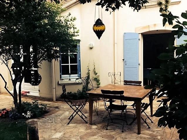 Location maison / villa Rueil-malmaison 4200€ +CH - Photo 2