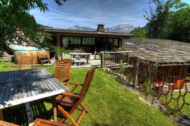 Deluxe sale house / villa Les houches 1890000€ - Picture 2