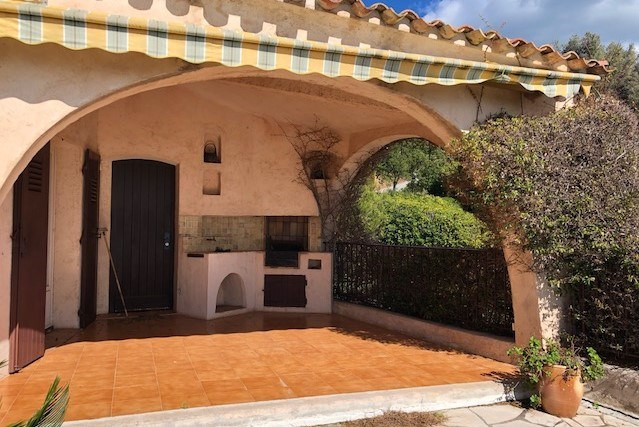 Location vacances maison / villa Les issambres 1125€ - Photo 7