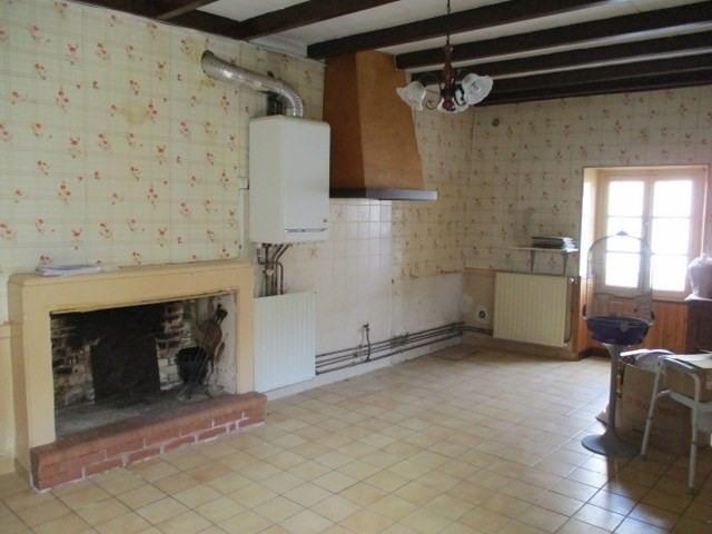 Sale house / villa Saint-jean-d'angély 38000€ - Picture 2