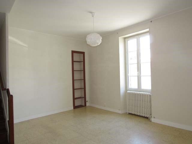 Sale house / villa Saint-jean-d'angély 69800€ - Picture 5
