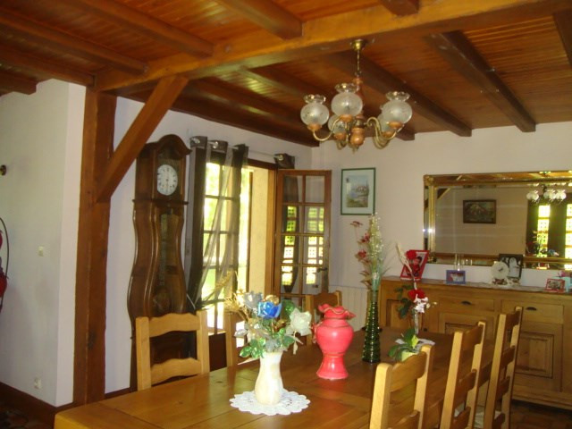 Sale house / villa Loulay 274 300€ - Picture 6