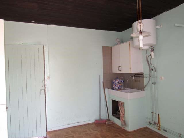 Sale house / villa Saint jean d'angély 37975€ - Picture 3