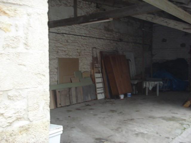 Sale house / villa Bords 238500€ - Picture 3