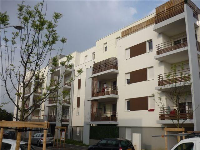 Location appartement Vaulx en velin 635€ CC - Photo 7