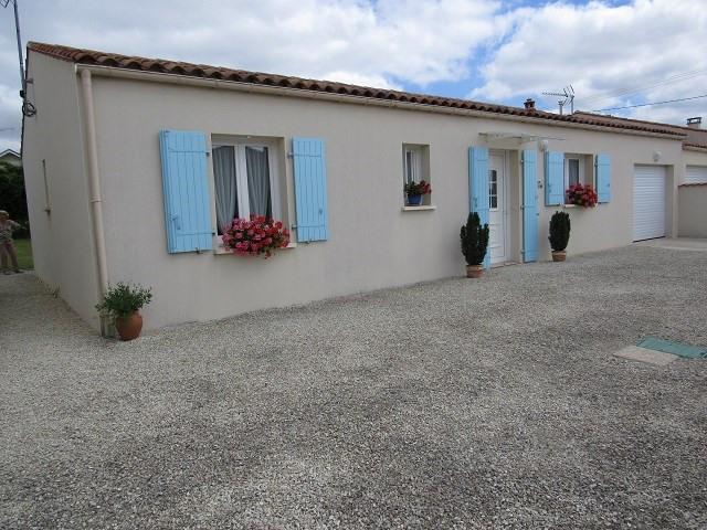 Sale house / villa Saint-julien-de-l'escap 148400€ - Picture 1