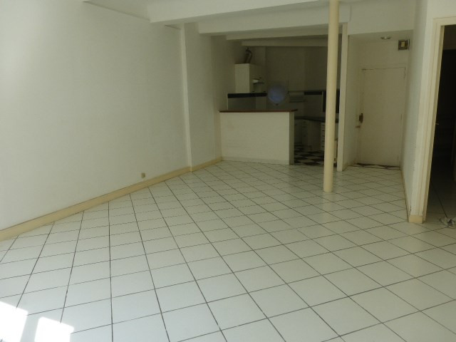 Verhuren  appartement Aix en provence 814€ CC - Foto 2