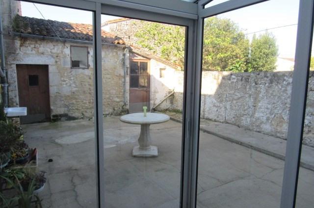 Vente maison / villa Bords 64500€ - Photo 2