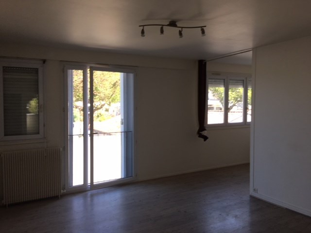 Sale apartment La rochelle 207 000€ - Picture 2