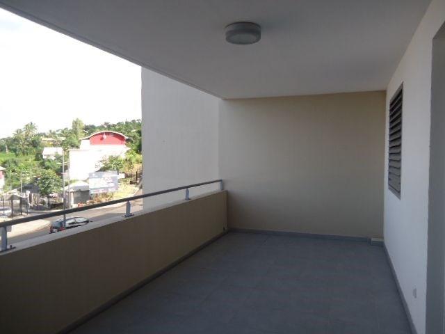 Location appartement St denis 856€ CC - Photo 7