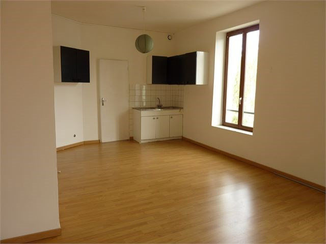 Rental apartment Toul 355€ CC - Picture 1