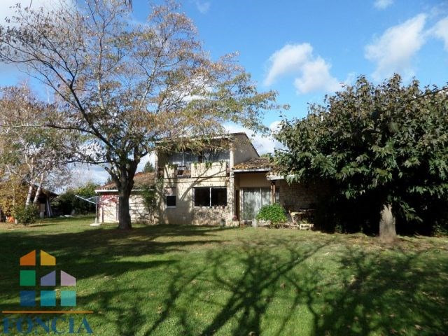 Sale house / villa Bergerac 252 000€ - Picture 1