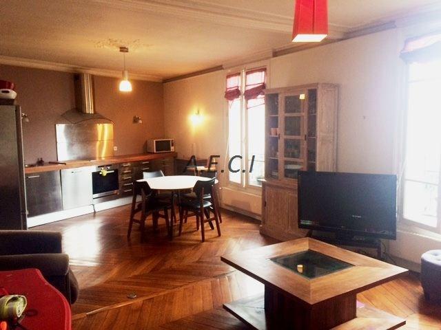 Rental apartment Courbevoie 2300€ CC - Picture 1