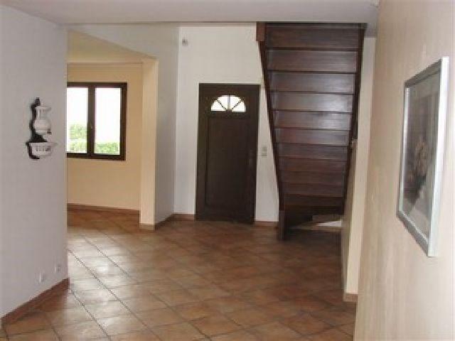 Location maison / villa Crissey 930€ CC - Photo 3