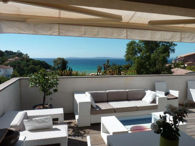 Viager appartement Rayol-canadel-sur-mer 303 000€ - Photo 1