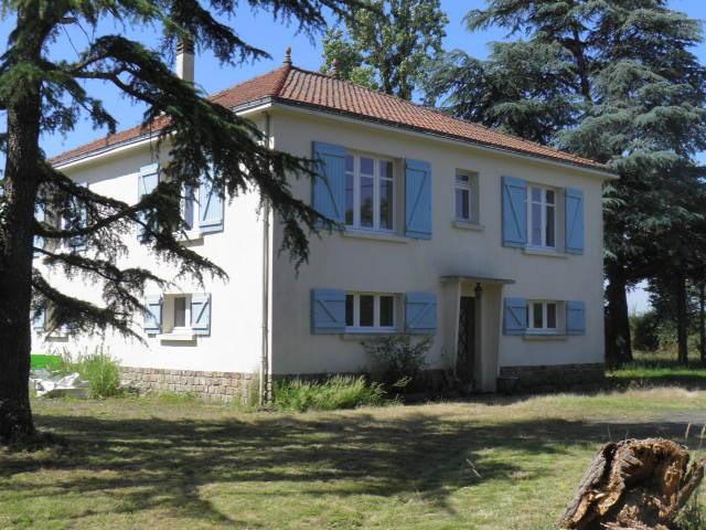 Sale house / villa Vieillevigne 168900€ - Picture 1