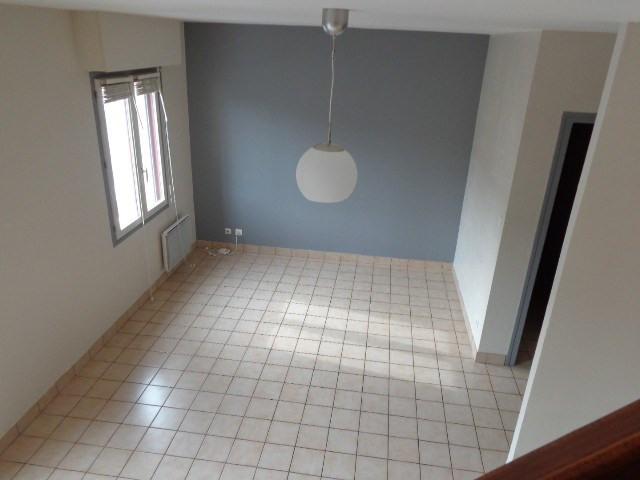 Verhuren  appartement Carentan 433€ CC - Foto 3