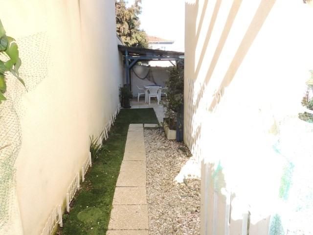Vacation rental house / villa Vaux sur mer 390€ - Picture 18