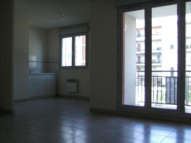 Sale apartment Saint-etienne 109000€ - Picture 3