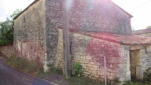 Vente bâtiment Saint-savinien 25300€ - Photo 2