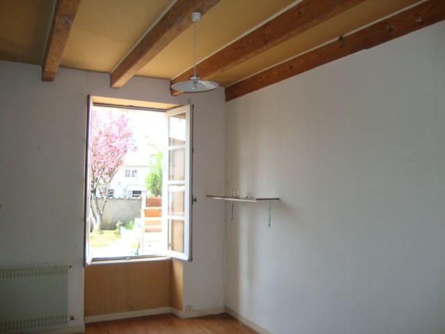 Sale house / villa Aulnay 86970€ - Picture 4