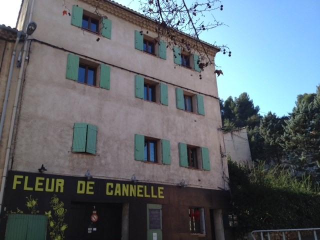 Location appartement Simiane 565€ CC - Photo 1