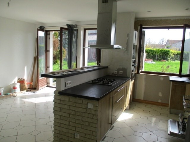 Sale house / villa Loulay 111800€ - Picture 2