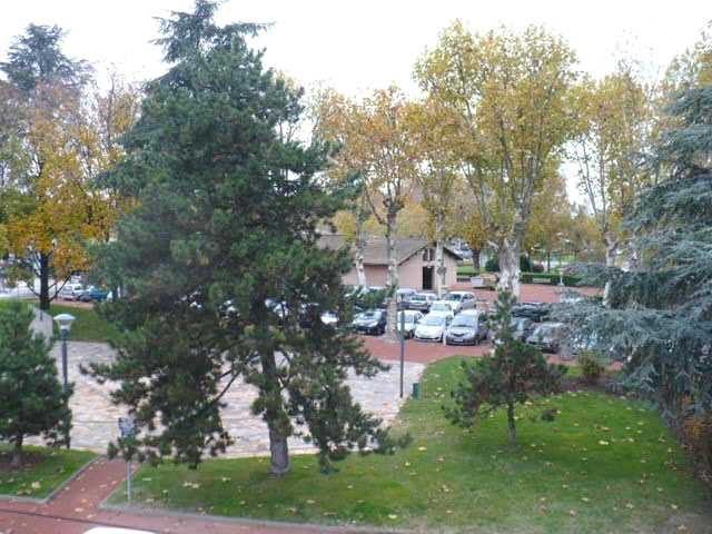 Location appartement Villefranche sur saone 435€ CC - Photo 3