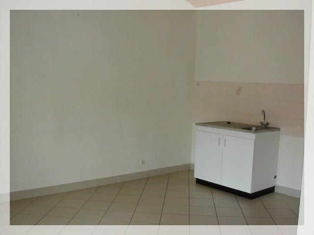 Location appartement Le fuilet 290€ CC - Photo 4