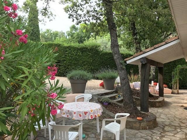 Revenda casa Bagnols-en-forêt 377000€ - Fotografia 9