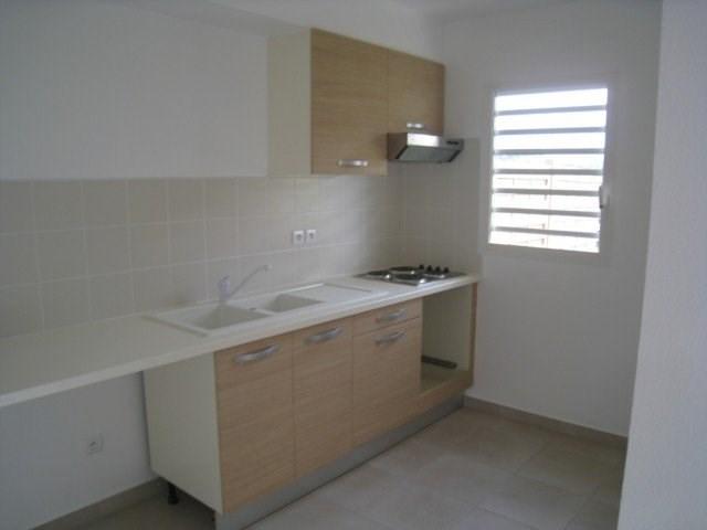 Location appartement Saint claude 813€ CC - Photo 4