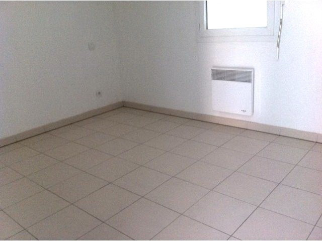 Location appartement Cambes 572€ CC - Photo 5