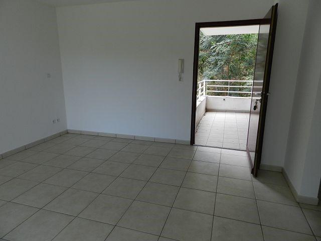 Location appartement St denis 555€ CC - Photo 2