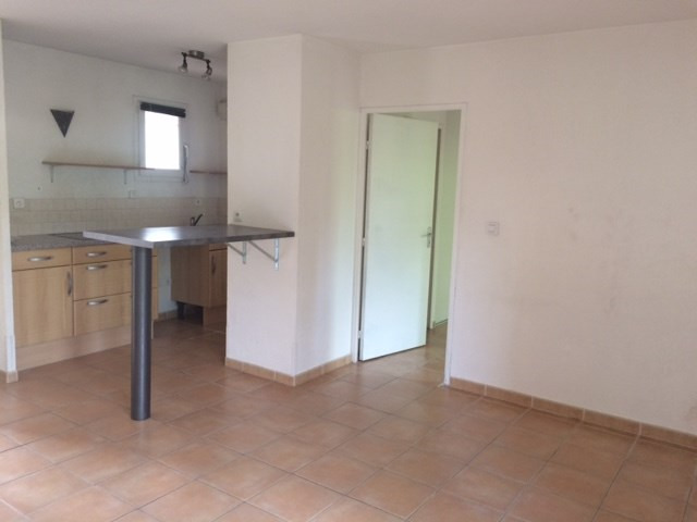 Location appartement Chateauneuf le rouge 720€ CC - Photo 5