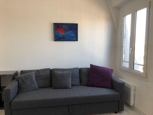 Location appartement Paris 10ème 900€ CC - Photo 3