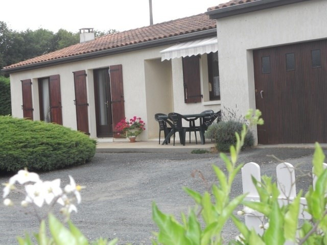 Sale house / villa Le douhet 173 000€ - Picture 1