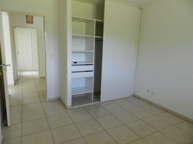 Location appartement St denis 555€ CC - Photo 4