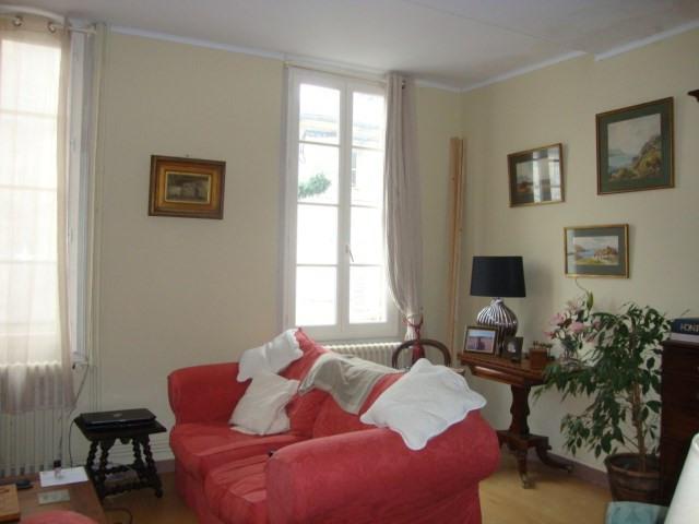 Sale house / villa Saint-jean-d'angély 138000€ - Picture 7