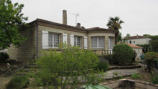 Vente maison / villa Saint-jean-d'angély 164300€ - Photo 1