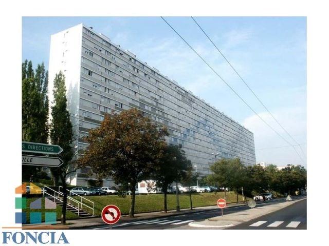 Location appartement Saint-étienne 448€ CC - Photo 1