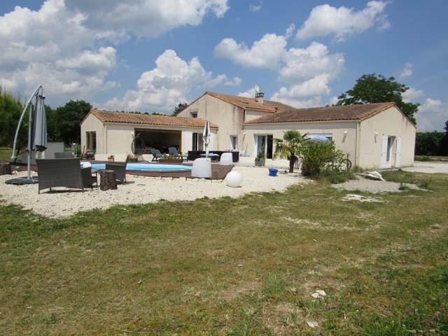 Vente maison / villa Aulnay 233200€ - Photo 1