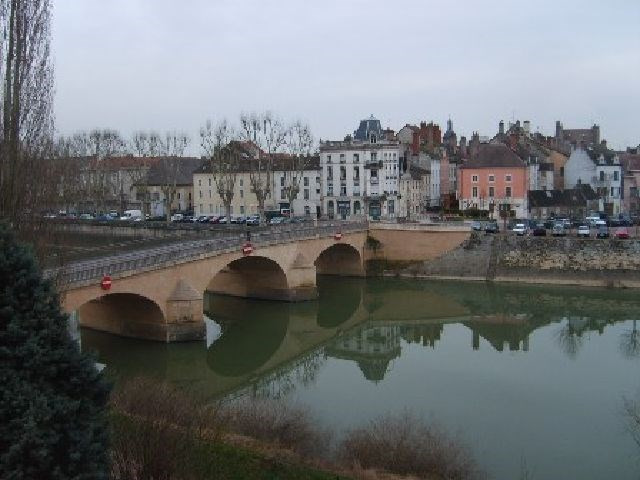 Rental apartment Chalon sur saone 680€ CC - Picture 1