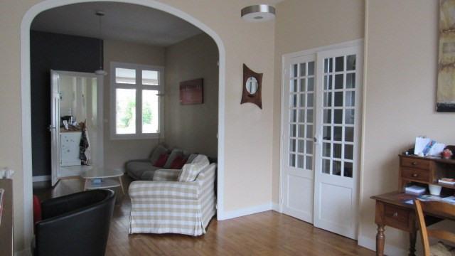 Sale house / villa Saint-jean-d'angély 243800€ - Picture 7