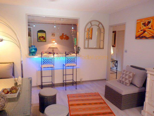 Life annuity apartment Fréjus 39 500€ - Picture 3