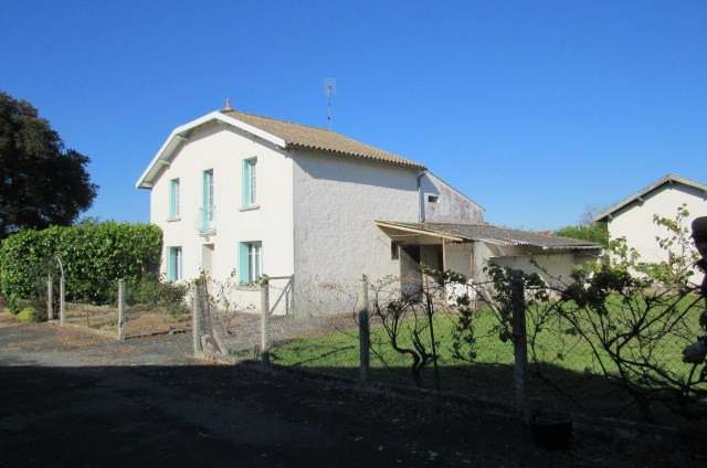 Sale house / villa Bords 148 400€ - Picture 2