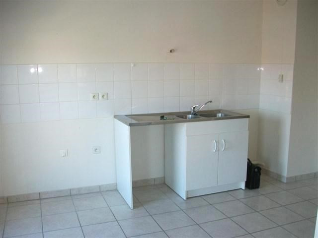 Location appartement Villefranche sur saone 657,67€ CC - Photo 3