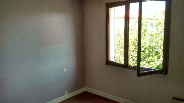 Sale house / villa Colayrac saint cirq 186250€ - Picture 9