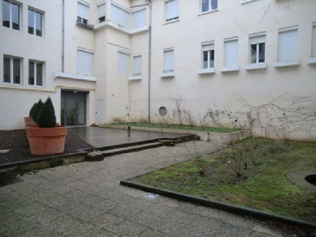 Rental apartment Chalon sur saone 571€ CC - Picture 8