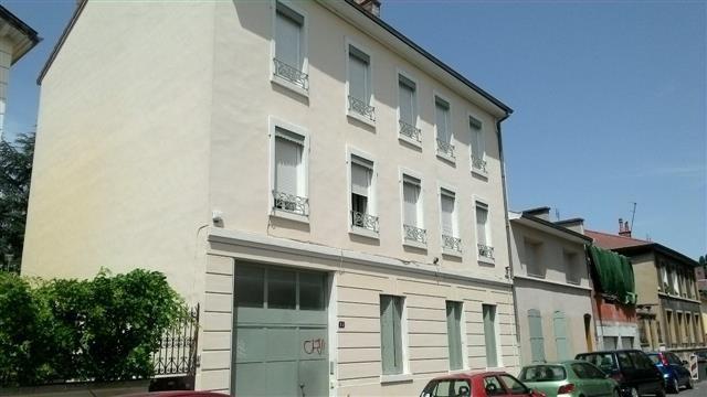 Location appartement Lyon 3ème 425€ CC - Photo 1