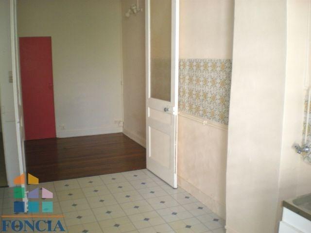 Location appartement Lyon 3ème 577€ CC - Photo 3